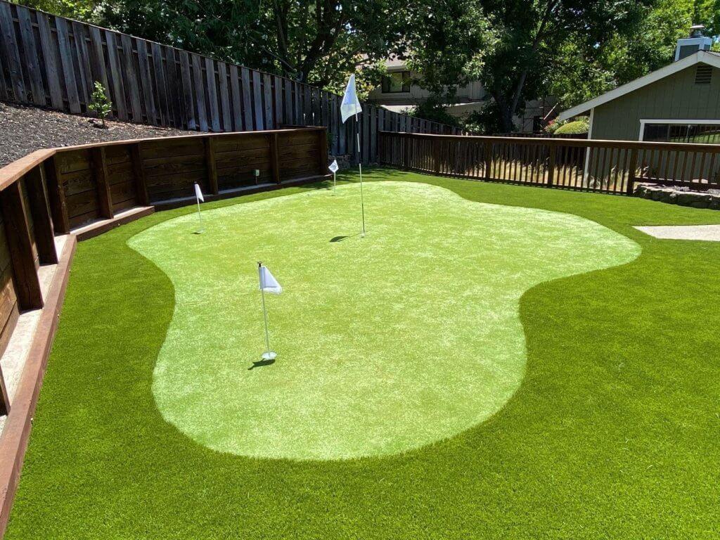 putting green for best artificial grass